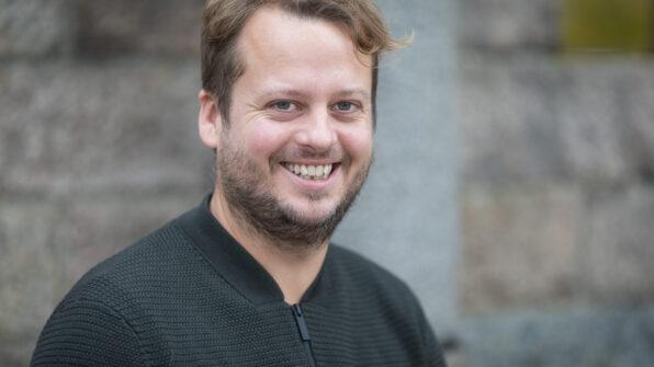 Simon Axø, forstander