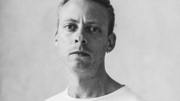 Theis Ørntoft, forfatter